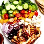 χωριάτικη σαλάτα, ελληνική σαλάτα